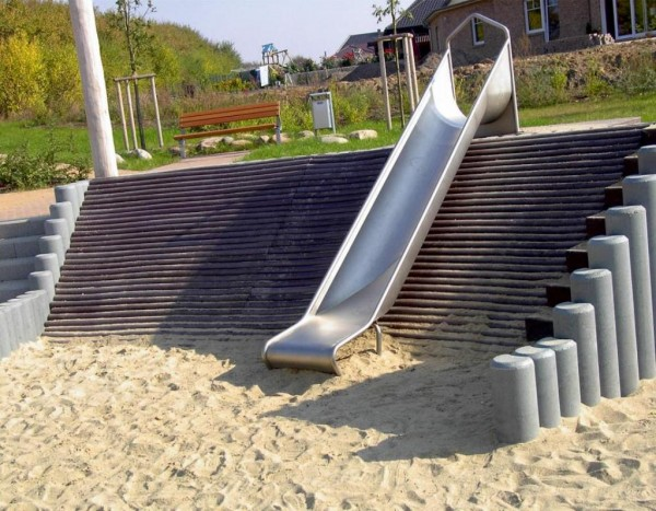 Palisade Ø 13 cm - 20 cm Hohlkehle Hohlprofil Recycling Kunststoff