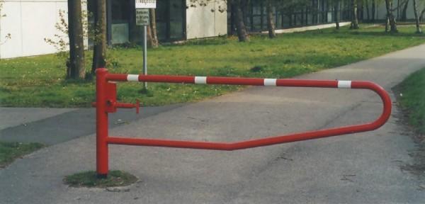 Schranke drehbar Gatterschranke horizontal schwenkbar ohne Auflage