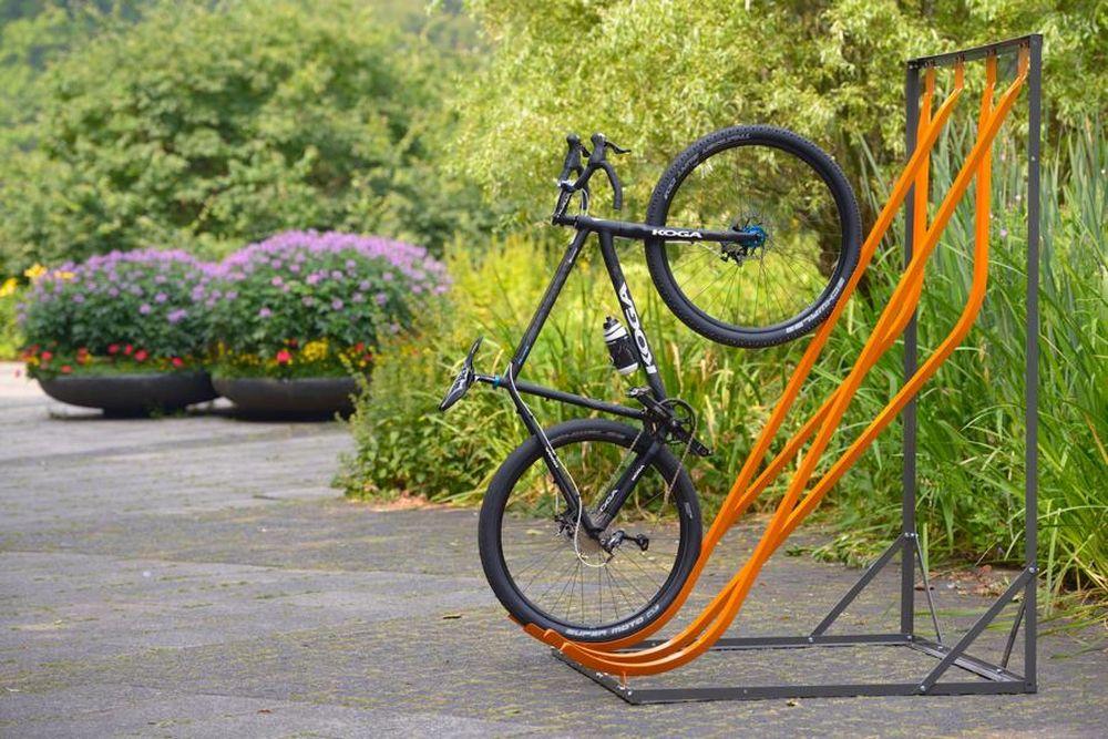 fahrradst nder als schr ghochparker wand o freistehend. Black Bedroom Furniture Sets. Home Design Ideas